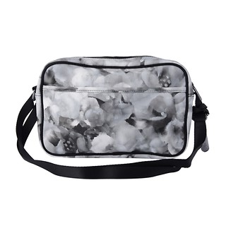 LE SPORT LLG SIG DELUXE KATE CROSSBODY